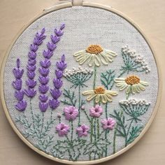 Embroidery lavender hoop art gift / Hand embroidered lavender home decoration / Framed botanical wall art / Floral hand stitched room decor Noch mehr Wildblumen Hand Embroidery Stitches, Silk Ribbon Embroidery, Embroidery Hoop Art, Crewel Embroidery, Hand Embroidery Designs, Embroidery Techniques, Cross Stitch Embroidery, Machine Embroidery, Embroidery Ideas