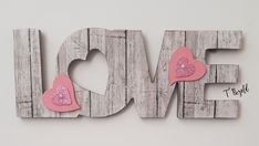 Those popular Dollar Tree love signs My Funny Valentine, Valentines Day Words, Valentine Day Love, Valentine Day Crafts, Holiday Crafts, Dollar Tree Decor, Dollar Tree Crafts, Valentines Day Decorations, Love Signs