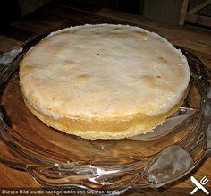 Gedeckter Apfelkuchen mit Guss, ein leckeres Rezept aus der Kategorie Kuchen. Bewertungen: 71. Durchschnitt: Ø 4,3. (recipe in German)