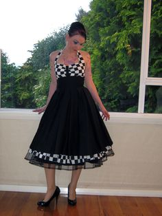 Rockabilly Dress Checkered Halterneck in a Full Skirted Pin Up Style with Petticoat , Bridesmaid- custom made to fit Beautiful Dresses, Nice Dresses, Awesome Dresses, Rockabilly Fashion, Rockabilly Dresses, Rockabilly Wedding, Plus Size Rockabilly, Feminine Dress, Collar Dress