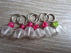 Two color stitch markers  fits 8 mm needles par KnittinginFrance, €5.50