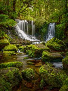 Landscape Photos, Landscape Photography, Nature Photography, Wonderful Places, Beautiful Places, Beautiful Pictures, Beautiful Waterfalls, Beautiful Landscapes, Les Cascades