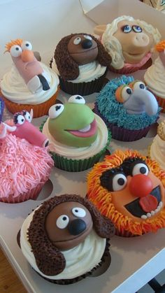 Yet ANOTHER view of the Muppet Cakes. Animal looks a little broke down in this one.