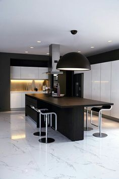 Consistent #lighting in the #kitchen with some curves #LuxuryDesigns For more information about how you can achieve this design contact us at info@pandaygroup.com for all your luxury design needs. #Toronto #Canada #InteriorDesign #Architecture #Homes #HomeDecor #Design #Modern #Kitchen #Lighting #Bathroom #inspiration #InteriorDesigner #Beauty #Fashion #Travel #ShopOnline #HomeDesign