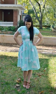 VIntage White and Aqua Floral Dress / SIze 8 by VintageandGeeShop, $22.00