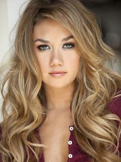 Top blonde hair color ideas for women. Best blonde hairstyles for women. 30 Different shades of blonde hair color. Stunning blonde hair color tips.