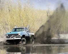 Thats what im talking about kick up some mud!! GET ERR!!