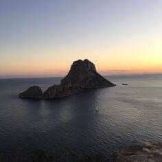 Ibiza sunset dream @alexismabille #josephdirand #anso #soso&jojowedding…