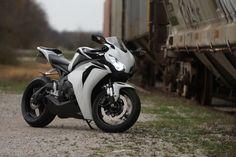(2) 2008 Honda CBR1000RRs : Honda CBR 1000RR Motorcycle Forums: 1000RR.net