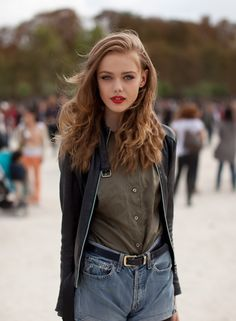 Irina Gustafson love red lipstick!