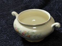 Homer Laughlin Eggshell Nautilus Ferndale Sugar Bowl - No Lid  NICE! #HomerLaughlin