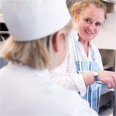 Leiths School of Food & Wine - Key Cooking Skills Part 1 Wine Key, Following A Recipe, Cooking Courses, Wine Recipes, School, Food, Eten, Schools, Meals