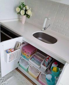 33 Top Kitchen Organization Diy And Storage Hacks Ideas Home Organization, Bathroom Organisation, Diy Kitchen Storage, Kitchen Decor, Kitchen Organization, Storage, Bathroom Decor, Apartment Organization, Small Kitchen Decor