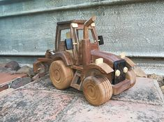 Tractors and Earthmovers Toy Art, Firewood, Wooden Toys, Tractors, Car, Pictures, Crafts, Wood Toys, Automobile