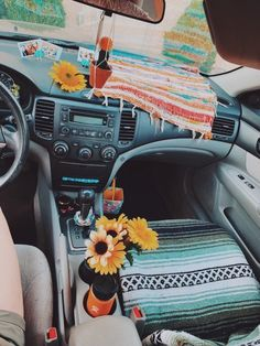 Your family's car SUVs, which we know for their sportier appearance, fall into the category of pickup trucks. The SUV, … Bmw I8, Hippie Auto, Hippie Car, Car Interior Decor, Car Interior Design, Interior Detailing, Interior Ideas, Interior Sketch, Pool Komplettset