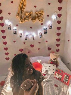 Diy Birthday, Birthday Gifts, Surprise Birthday, Birthday Ideas, Romantic Room Surprise, Ideas Aniversario, Romantic Bedroom Decor, Theme Color, Valentines Diy