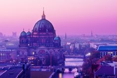Berlin Dome in the Sunset | Junede Radiant Orchid #pantone #patternpod #color