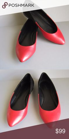 b63ad2116352 THEORY Women s Flats Red leather and black suede Theory flats. Size 9 1 2