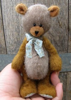 PDF Pattern for Flat Head Artist Teddy Bear by Woollybuttbears, $9.00
