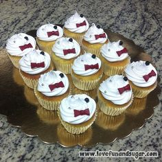 Mini Cupcakes, Html, Love, Desserts, Red Bow Tie, Sweet Treats, Civil Wedding, Outfit, Meet