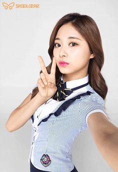 Twice Maknae Line (Dahyun, Chaeyoung, Tzuyu) x Y/n (Male Reader) Kpop Girl Groups, Korean Girl Groups, Kpop Girls, Pretty Asian, Beautiful Asian Women, Snsd, Evil Girl, All About Kpop, Twice Kpop