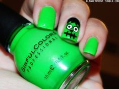 Cute nails for Halloween. I'm going to try and do a couple of these throughout October :-)