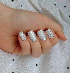 #NailArt #Strass – Cómo decorarte las #uñas con cristalitos Manicura con cristales