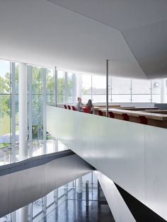 Gallery of The University of Kansas DeBruce Center / Gould Evans - 4