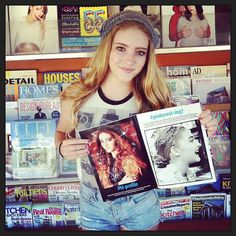 Willow Shields (Primrose Everdeen in The Hunger Games) is featured  in Teen Magazine - Good Hair day indeed!