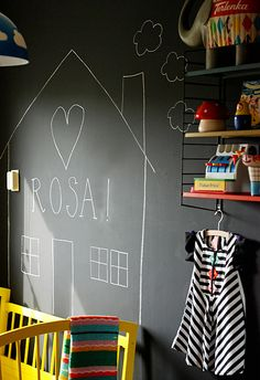 kinderkamer muur | ninainvorm.punt.nl    pinned for the Bugaboo All Black Contest  #ConvertToBlack
