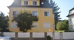 Salzburg - Wohnen in der Stadtvilla - #Apartments - $81 - #Hotels #Austria #Salzburg #Elisabeth-Vorstadt http://www.justigo.us/hotels/austria/salzburg/elisabeth-vorstadt/salzburg-wohnen-in-der-stadtvilla_37124.html