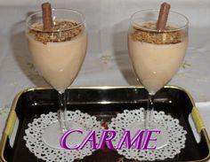 Batido de plátano y horchata de chufa. Ver la receta http://www.mis-recetas.org/recetas/show/36769-batido-de-platano-y-horchata-de-chufa