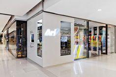 Ari Running store by Whitespace, Bangkok – Thailand » Retail Design Blog