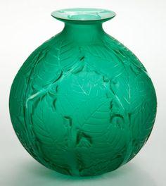 R. LALIQUE GREEN GLASS MILAN VASE Circa 1929 Engraved: R. Lalique, France. No 1025