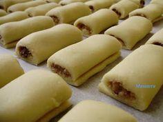 Recepti iz moje bilježnice: Davidove rolnice Sweet Recipes, Cake Recipes, Dessert Recipes, Desserts, Torte Recepti, Cake Cookies, Hot Dog Buns, Biscuits, Cheese