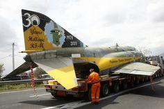 Αεροσκάφος διέσχισε την Εθνική Αθηνών – Λαμίας (εικόνες) | altsantiri.gr