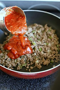 Classic stuffed peppers are an easy and comforting meal of tender bell peppers filled with ground beef and rice, baked and topped with your favorite sauce. Classic Stuffed Peppers Recipe, Best Stuffed Pepper Recipe, Baked Stuffed Peppers, Cajun Dishes, Beef Dishes, Clean Recipes, Cooking Recipes, Grateful Prayer, Thankful Heart
