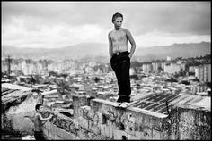 Christopher Anderson |  VENEZUELA. Caracas. 2007. Boys playing in a slum overlooking Caracas.