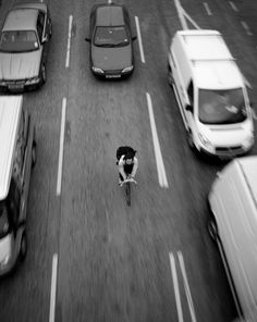 Urban Cycling, Cycling Art, Monochrome Photography, Artistic Photography, Touring Bicycles, Bike Messenger, Fixed Gear Bike, Black And White, Wheels