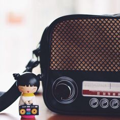 @MagiccCat #momiji #momijis #momijidolls #momijidoll #toyphotography #toysphotography #toyslove #toyscollector #collector #dolls #doll #collection #love #lovemomiji #kawaii #photography #radio #vintage #handbag #nostalgie #handtasche #radyo