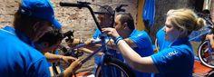 Charity Bike Building is een uniek charity teambuilding evenement op Papendal waarbij werknemers en bedrijven in teamverband fietsen gaan assembleren. De fietsen worden vervolgens overgedragen aan een goed doel, bijvoorbeeld ...