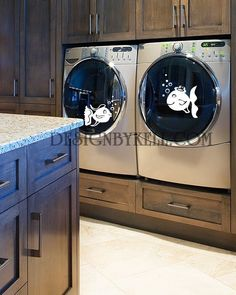 #Vinyl decal on #washer and #dryer! @Aaron Marshall  This is the one I was talking about, pretty cool.