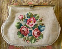 1950s Floral Embroidered Purse