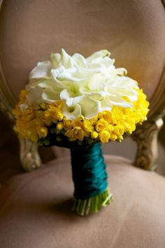 Gorgeous bright yellow and calla lily bouquet!