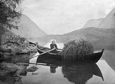 Knud Knudsen, Sister Rowing A Boat, ca. 1867