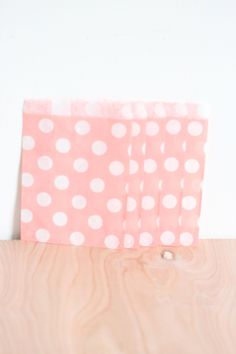 Paper Candy Bags 30 Count // Light Pink Polka Dot 5x7 Merchandise Wedding Favor Candy Buffet Gift Bag Bridal or Baby Shower Party Bags #Pink #Wedding #PinkWedding #Paper