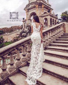 A da nismo malo zaboravili da je ovo ipak DiLine DRESSES (haljine)? 😅 Ovaj model ste vec videli, ali niste od nazad.. Ova haljina je… Long Bridesmaid Dresses, Formal Dresses, Wedding Dresses, Lace Wedding, Chic, Makeup, Instagram, Fashion, Dresses For Formal