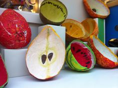 Papier-mâché fruits.Cool bowl idea