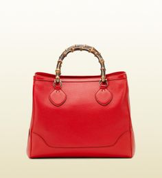 Gucci: diana w/ bamboo detail Gucci Outlet Online, Gucci Bags Outlet, Chanel Online, Gucci Handbags, Replica Handbags, Fashion Handbags, Diana, Cheap Gucci, Gucci Bamboo