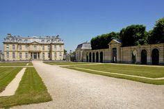 L'entrée du Château de Champs-sur-Marne